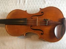 A. Stradivari Viola chestnut yellow semi-fulvous (ancient), hand varnished with shellac � technical alcohol
