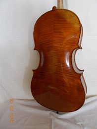 Montaniana cellos light chestnut yellow (ancient), hand varnished with shellac technical alcohol